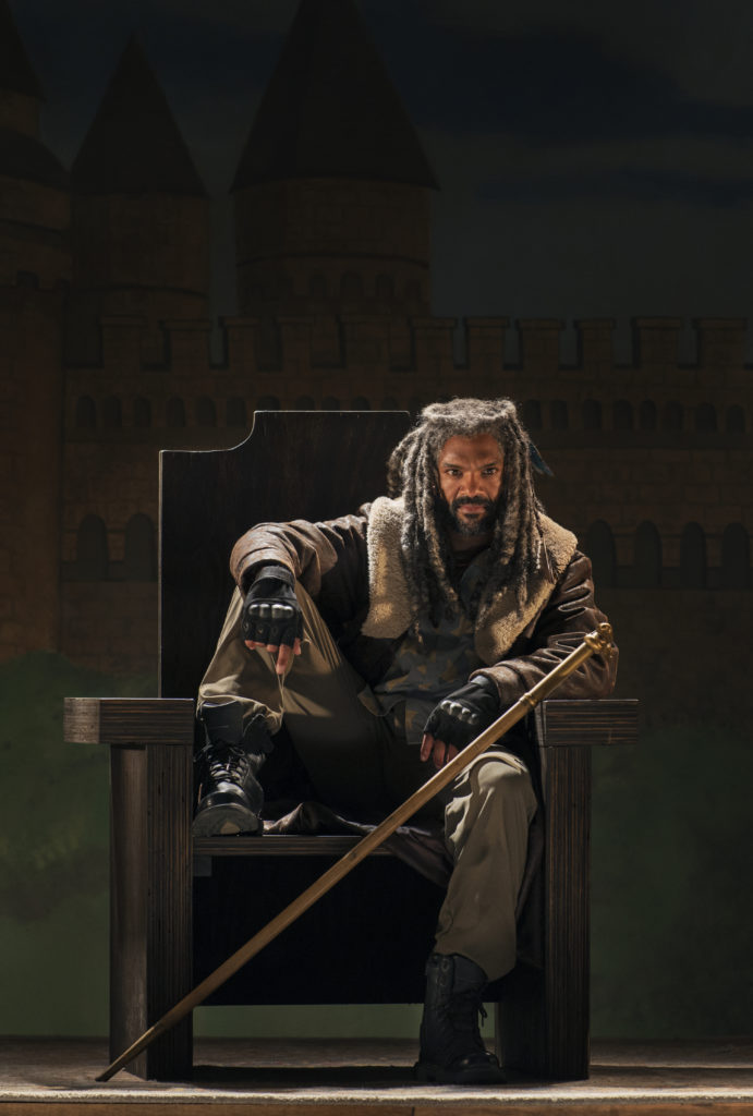 Khary Payton as Ezekiel - The Walking Dead _ Season 7, Episode 3 - Photo