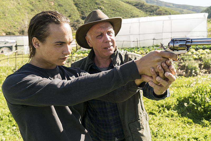 Frank Dillane as Nick Clark, Dayton Callie as Jeremiah Otto (Photo Credit: Richard )Foreman, Jr/AMC